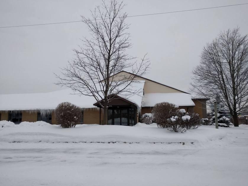 2016-12-17 Woodview snow ice a.jpg