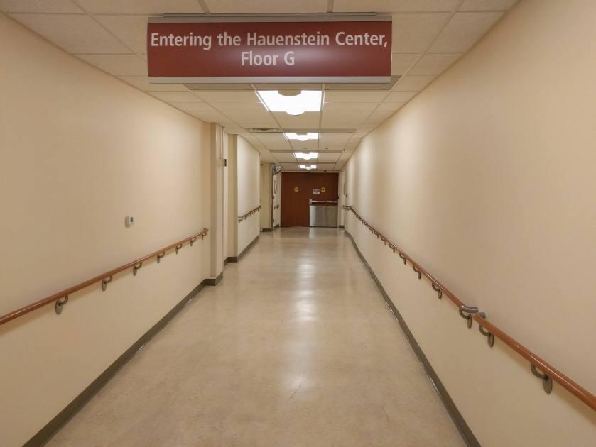 2017-03-23 hospital hall e